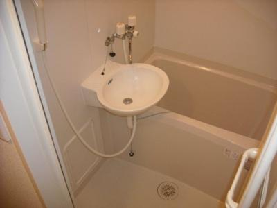 嬉しい風呂・トイレ別♪