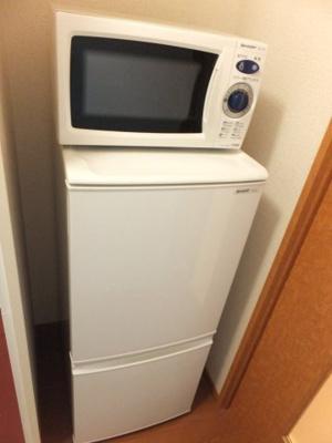 電子レンジ、2ドア冷蔵庫付き