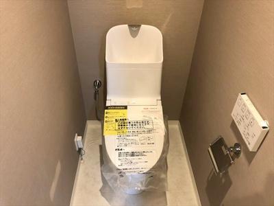 【トイレ】アルファグランデ南葛西 1999年築 リ ノベーション済 エアコン付