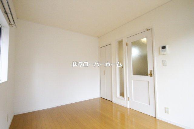 【洋室】ロッシェル二番館