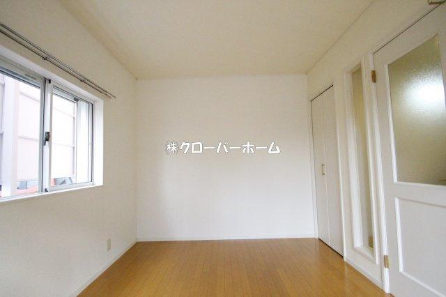 【居間・リビング】ロッシェル二番館