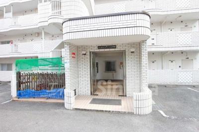 【エントランス】パークハイツアイリス2号館
