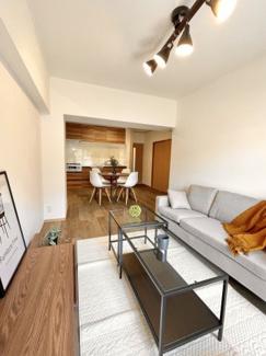 LDKは14帖です。家具プレセントですので入居もスムーズです♪