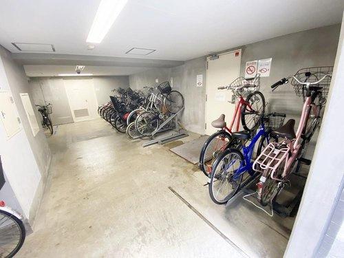 【駐輪場】ライオンズプラザ横浜サウスステージ