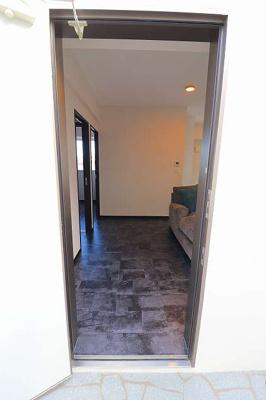 【玄関】板良敷新築アパート