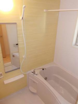 【浴室】ルン グランデ B