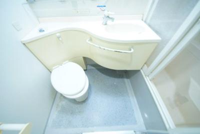 【トイレ】デュオ・スカーラ新宿(デュオスカーラシンジュク)