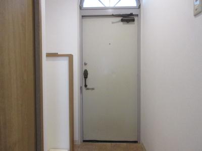 【玄関】玉置クリスタルハウス