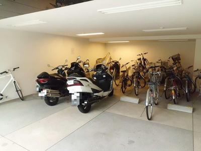 「駐輪場」