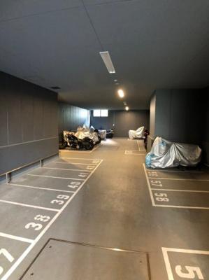 【駐車場】プレサンスレジェンド堺筋本町タワー