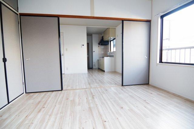 C棟の洋室の写真です。/大関建設