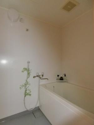 【浴室】灘町貸家
