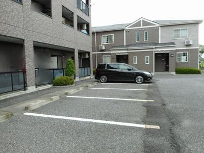 【駐車場】グランメ-ルA