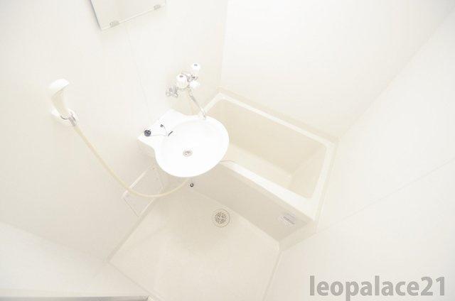 【浴室】レオパレスラプランタン