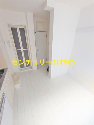 【居間・リビング】クラッセ練馬III-1F