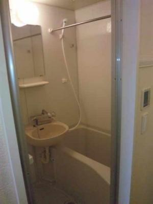 【浴室】レオパレスエレカーサ