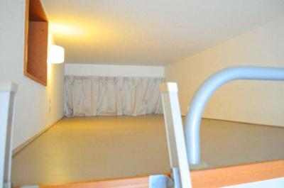ロフトは寝室や収納スペースとしてご利用できます
