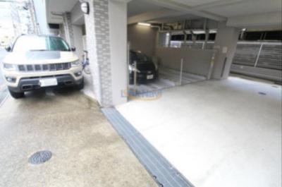 【駐車場】エスリード梅田東