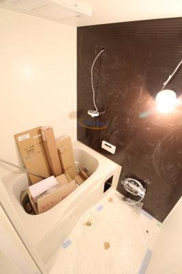【浴室】プレサンス新大阪イオリア