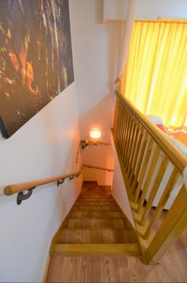 メゾネットなので2階への階段付き戸建て感覚!