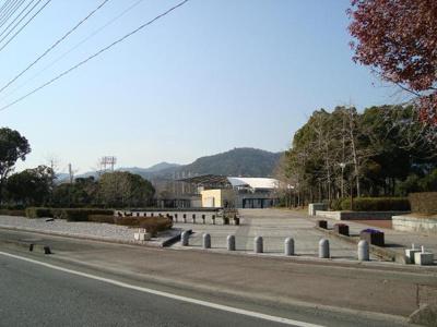 維新百年記念公園(公園)まで2,558m