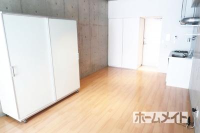 【洋室】ホワイトレジデンス