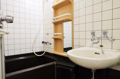 【浴室】カルマーレナンバウェスト