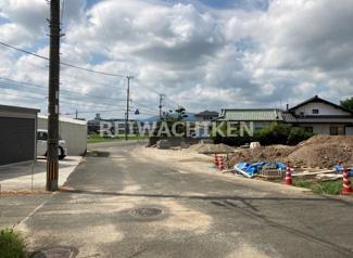 【前面道路含む現地写真】リーブルガーデン宗像市須恵第三(1号棟)