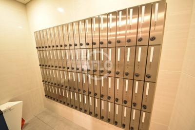 プレサンス天神橋スカイル メールボックス