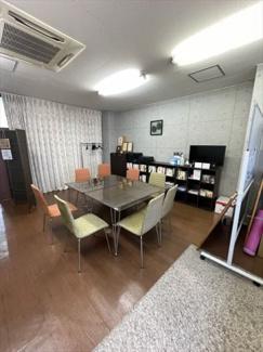 2階 貸し事務所