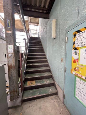 外階段です(2021年7月撮影):三郷新築ナビで検索♪