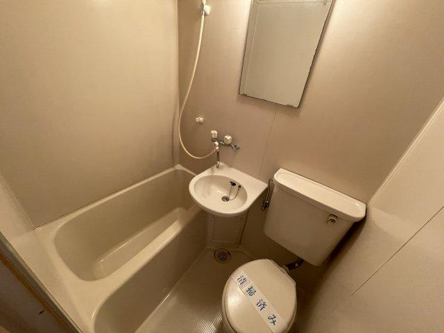 【トイレ】煉瓦館60
