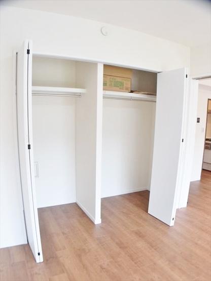 各居室クローゼット完備 お部屋がすっきりと片付きます