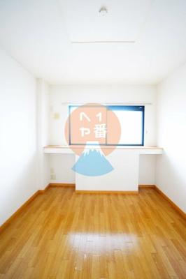 清潔感がありますねLDK11.9帖のお部屋※他のお部屋の参考写真です