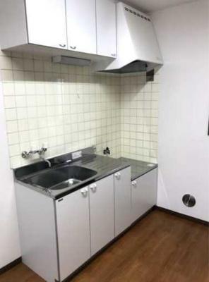【キッチン】グリーンウッド 南向き 室内洗濯機置場 TVドアフォン