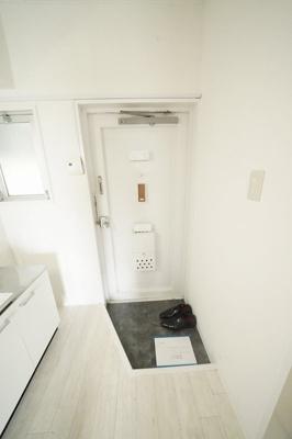 【玄関】セブンスパークアパートメント