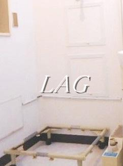 室内洗濯機置場です。