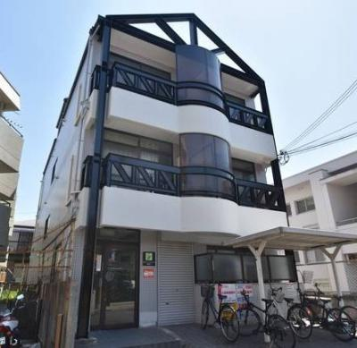 【外観】関大キャンパス近くの収益マンション