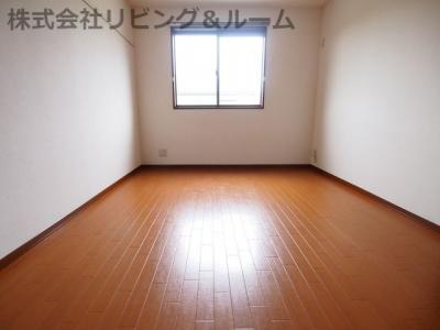 【寝室】スリジェール B