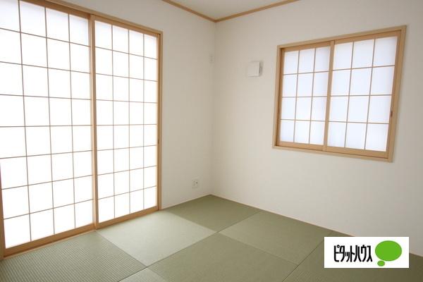 【1号棟】和室 LDKに繋がる癒しの空間和室♪