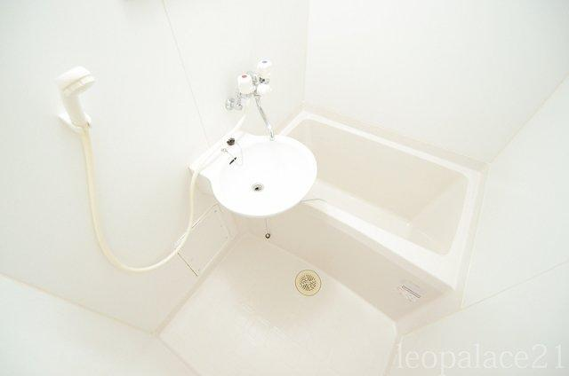 【浴室】レオパレスルースト