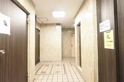 【エントランス】ホワイトハイツ