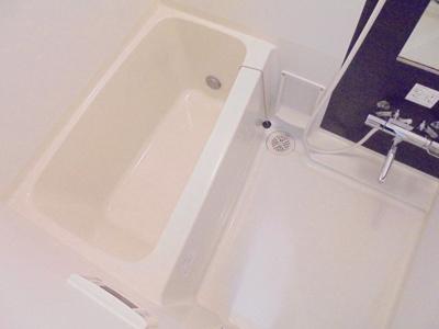 【浴室】オリーブハウス