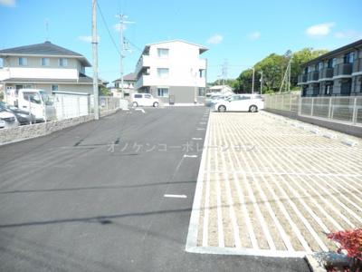 【駐車場】カーサ・フェリーチェ平田