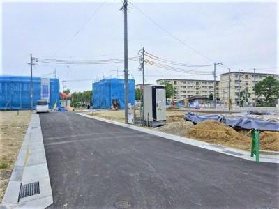 【前面道路含む現地写真】神戸市垂水区青山台5丁目 11号棟 新築戸建