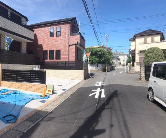 【前面道路含む現地写真】松戸市緑ヶ丘 全4棟