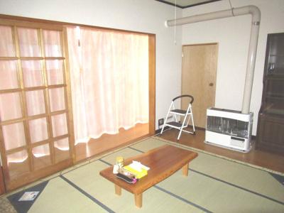 【居間・リビング】能代市河戸川字中谷地・中古住宅