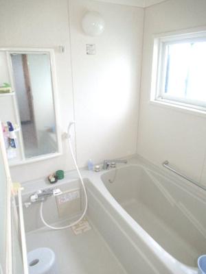 【浴室】能代市河戸川字中谷地・中古住宅