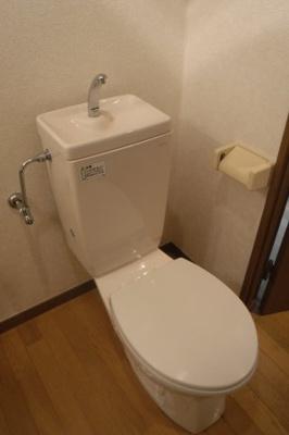 【トイレ】PINE VILAGE【パインビレッジ】