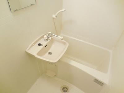 浴室乾燥機つきのお風呂です